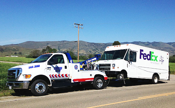 24-Hour Emergency Towing Services